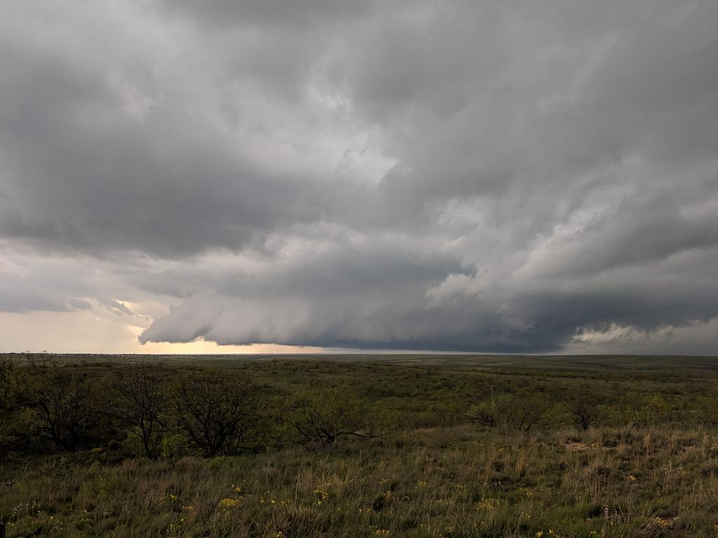 Wall cloud northwest of Amarillo at 4:13pm