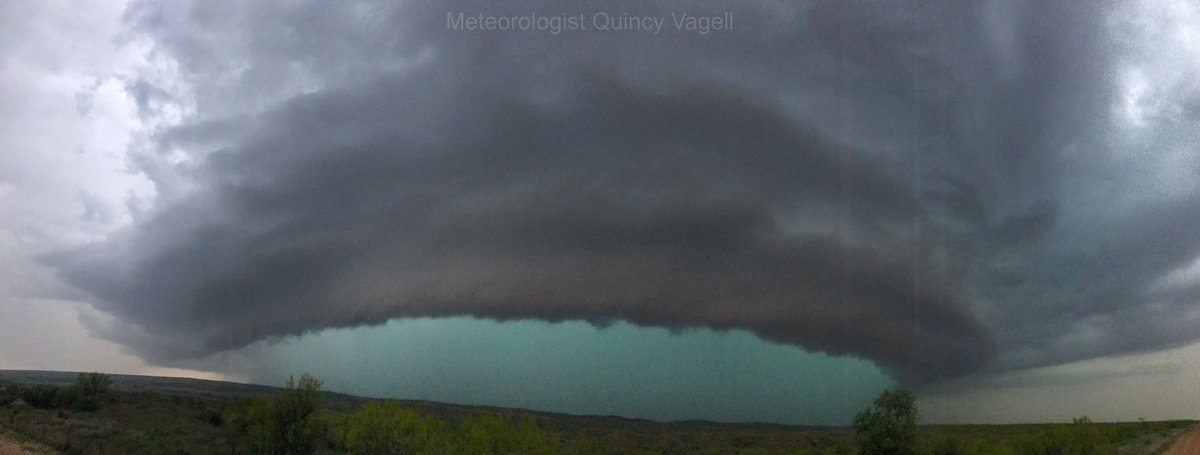 Mesocyclone near Howardwick, Texas at 7:37pm