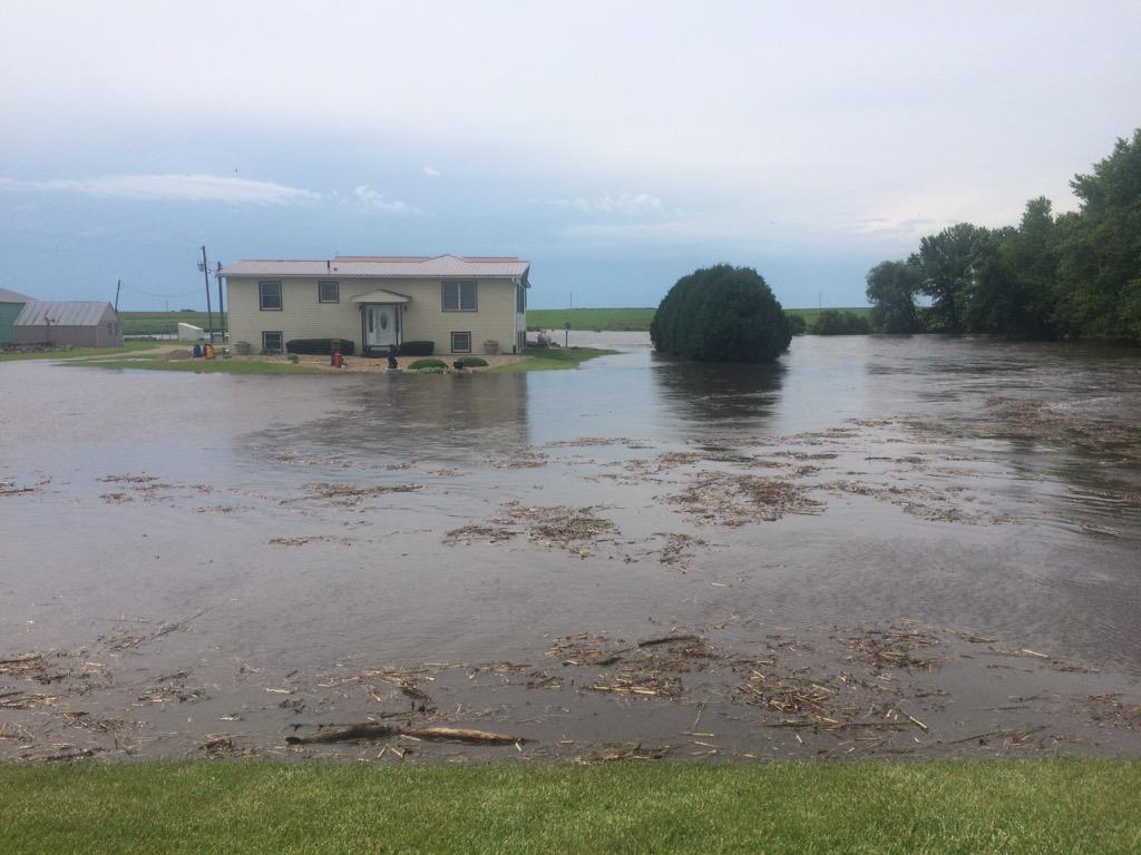 flooding rivers in northern iowa
