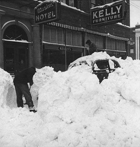 Hibbingmn on Temporary Snow Shelter For Cars