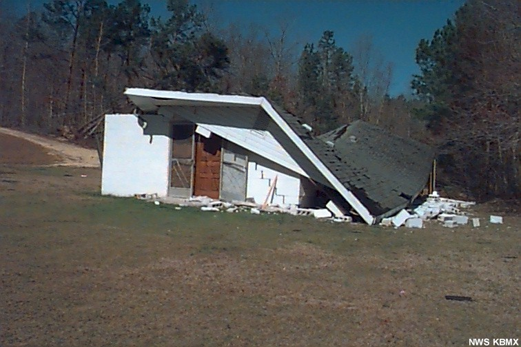 House near Oldham church in northern St. Clair.