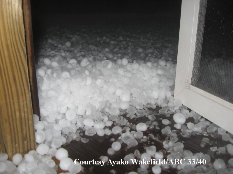 Large Hail And Wind Events Of March 26 28th 2011