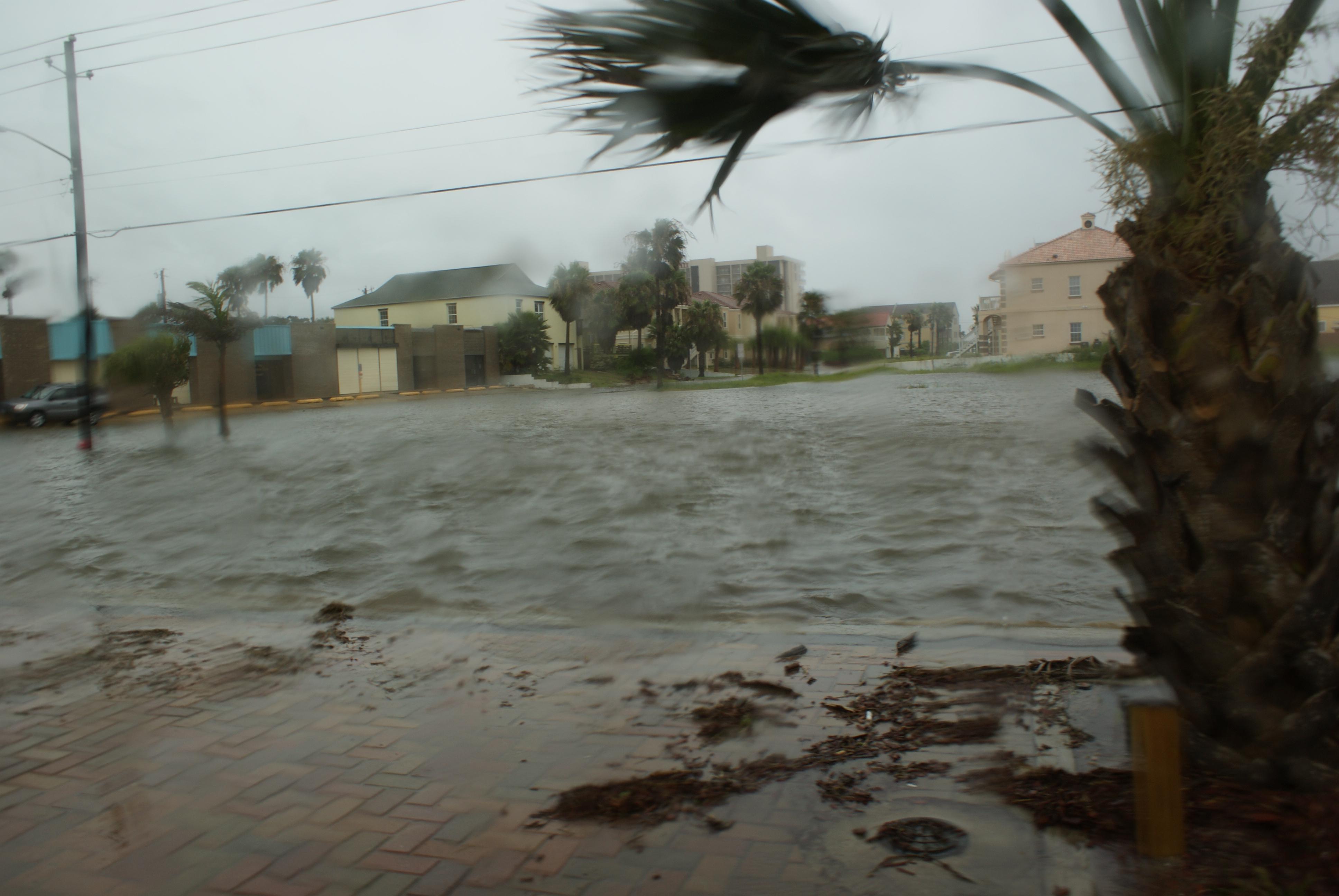 Photo Gallery From Hurricane Alex 2010 Rio Grande Valley