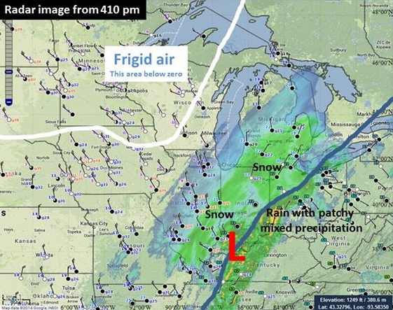 low and cold front position with radar and surface observations from 410pm Sunday 1/5