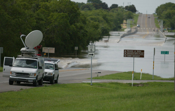San Antonio River at Highway 183 Bridge - photo by Victoria Advocate