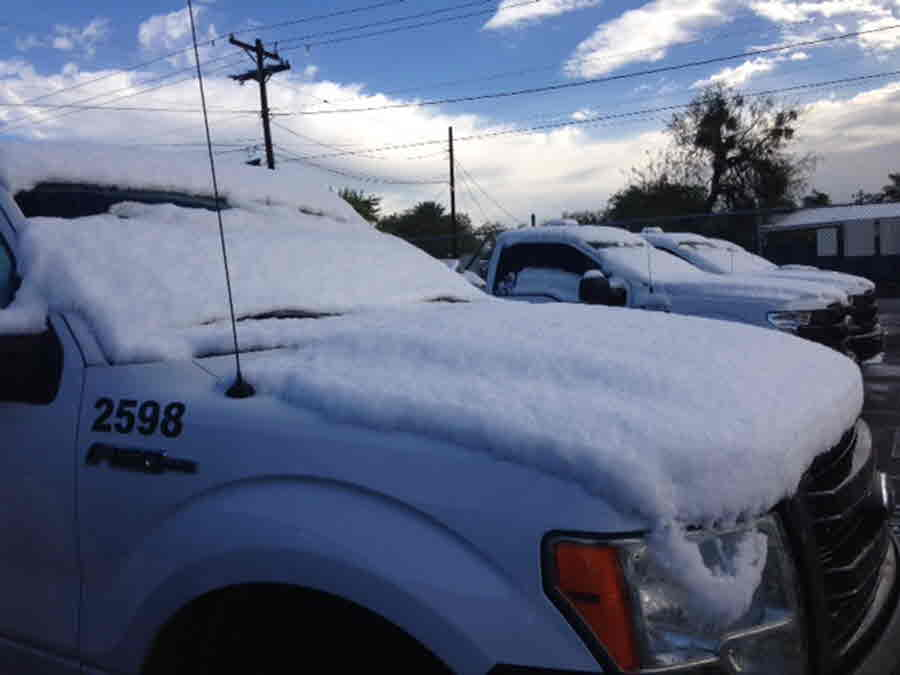 Laredo: Snow on Vehicle - Credit Oscar Maldonado