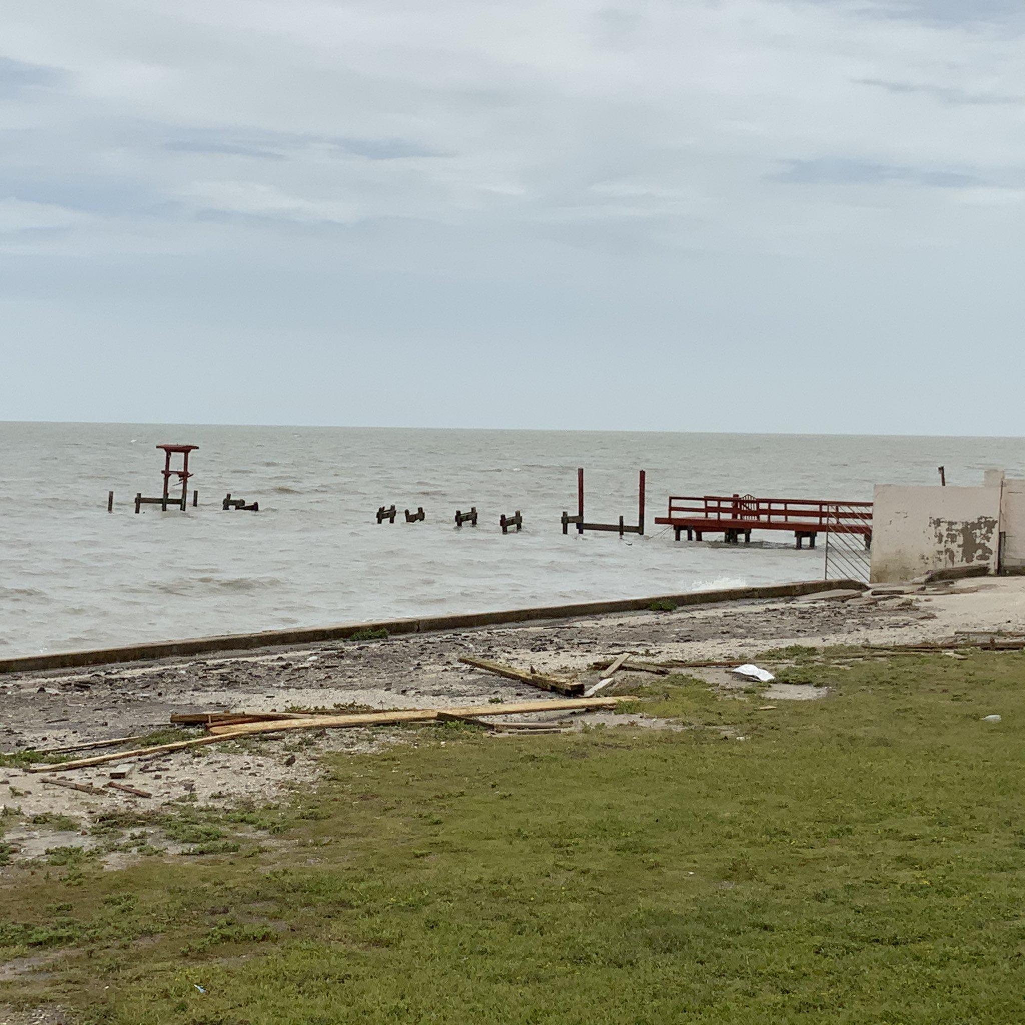Same Pier, next day