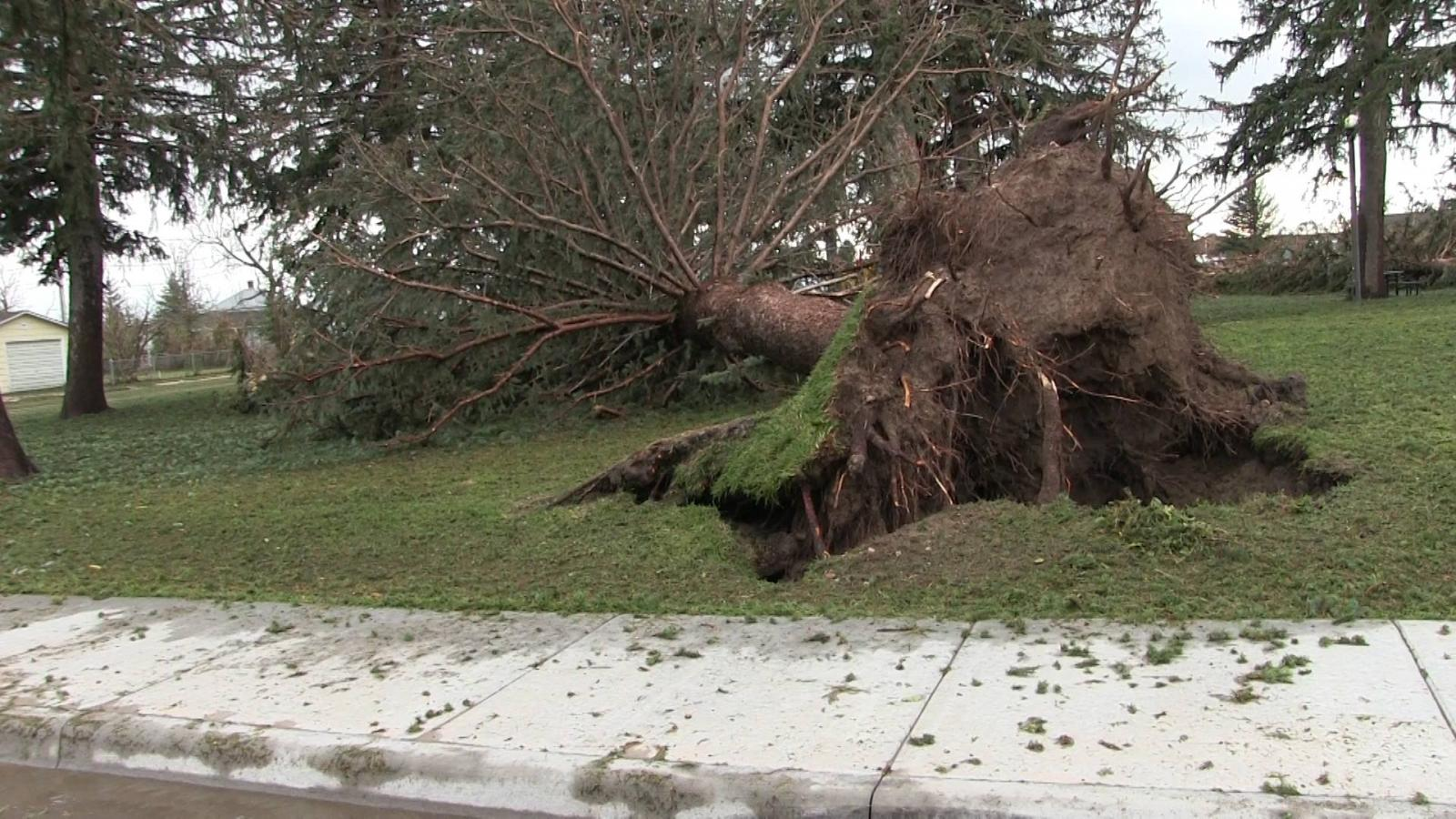 July 27 2016 Pine Bluffs Wyoming Severe Wind Amp Hailstorm