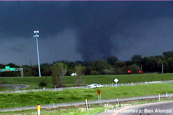 Tornado in Northern Kansas City Metro