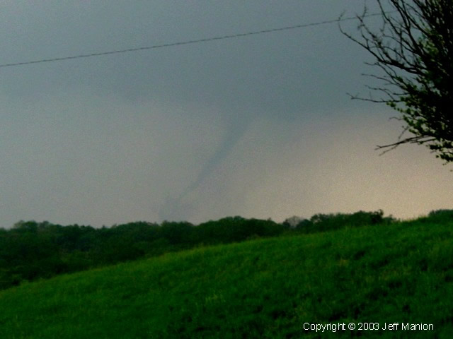 Tornado from Bonner Springs looking northwest
