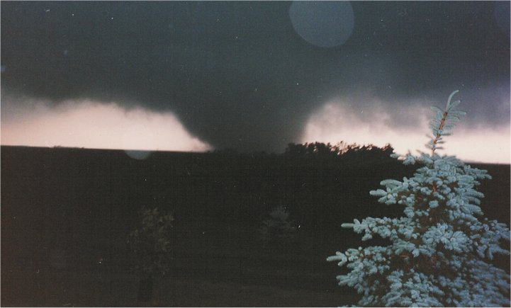 Picture of the Chandler-Lake Wilson Tornado, taken southeast of Leota, Minnesota.  Picture courtesy of Gary Baker.