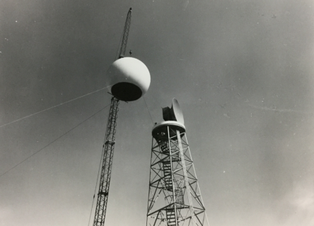 Installation of the WSR-57 Radar at Fort Worth