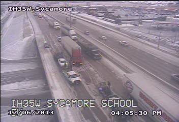 Picture of icy conditions on I-35W at Sycamore School