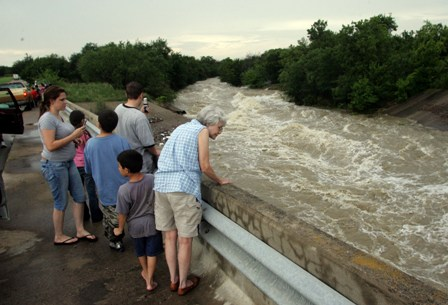 Picture of Haltom City Flooding on the 18th of June, 2007
