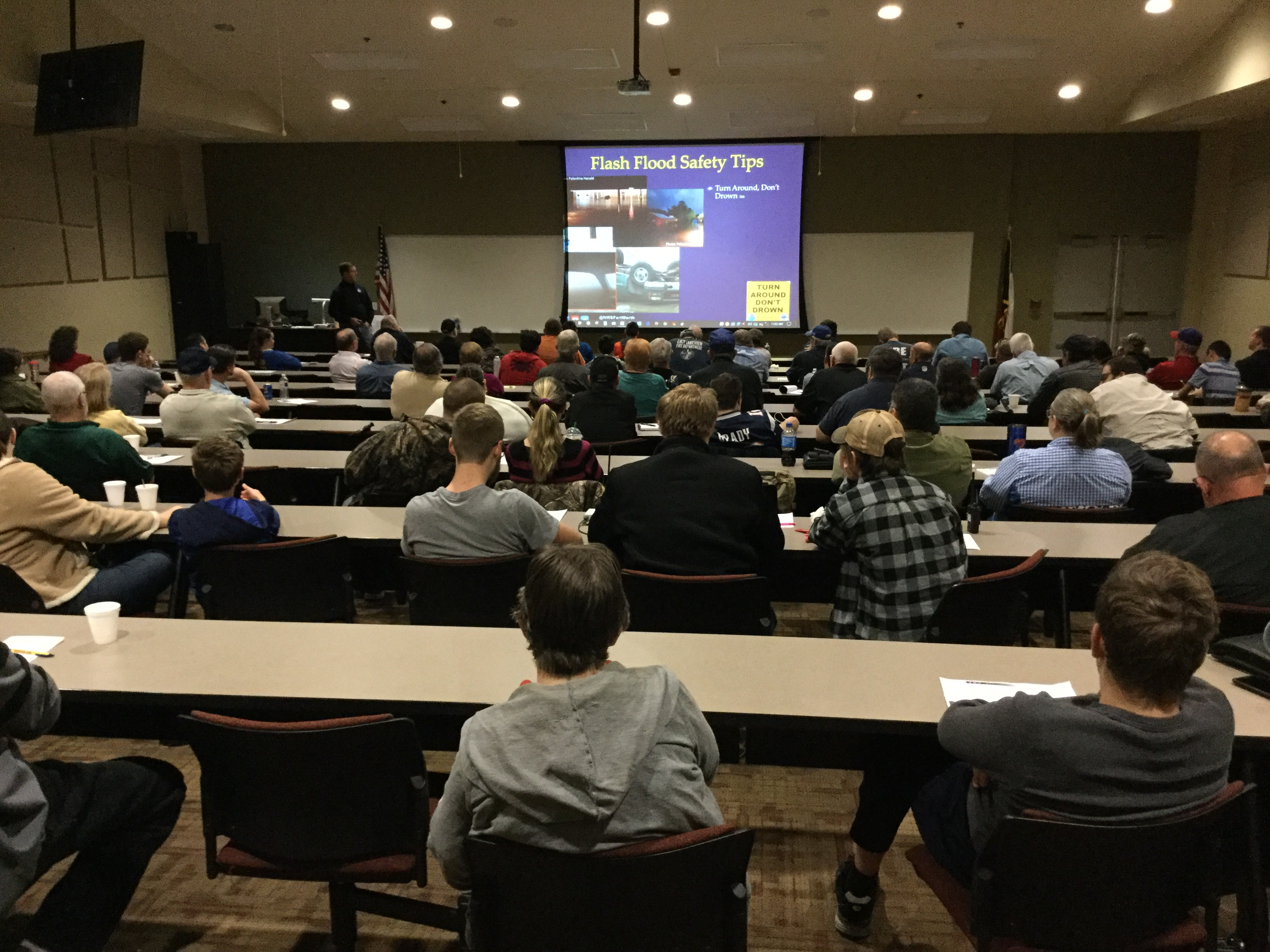 A picture of a SKYWARN class with attendees.
