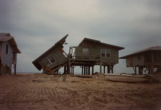 Garden City, SC.  Photo from the Georgetown County Hurricane photo collection.