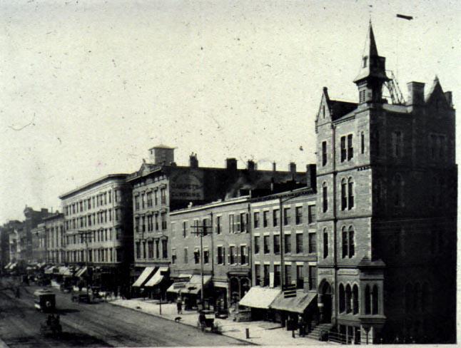 Huntington Bank Building