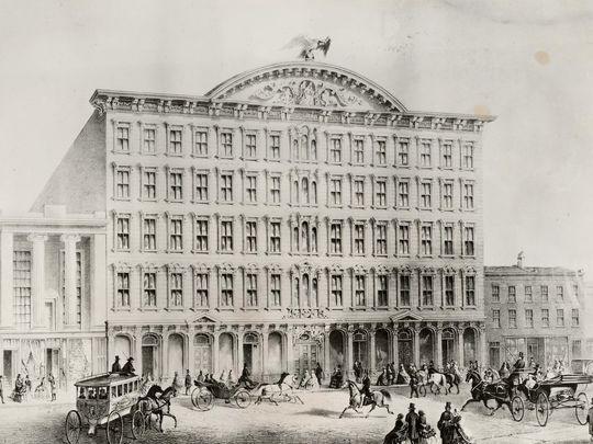 Pike's Opera House