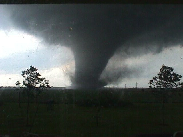 F4 tornado near Roanoke. Photo by Sharol Minger