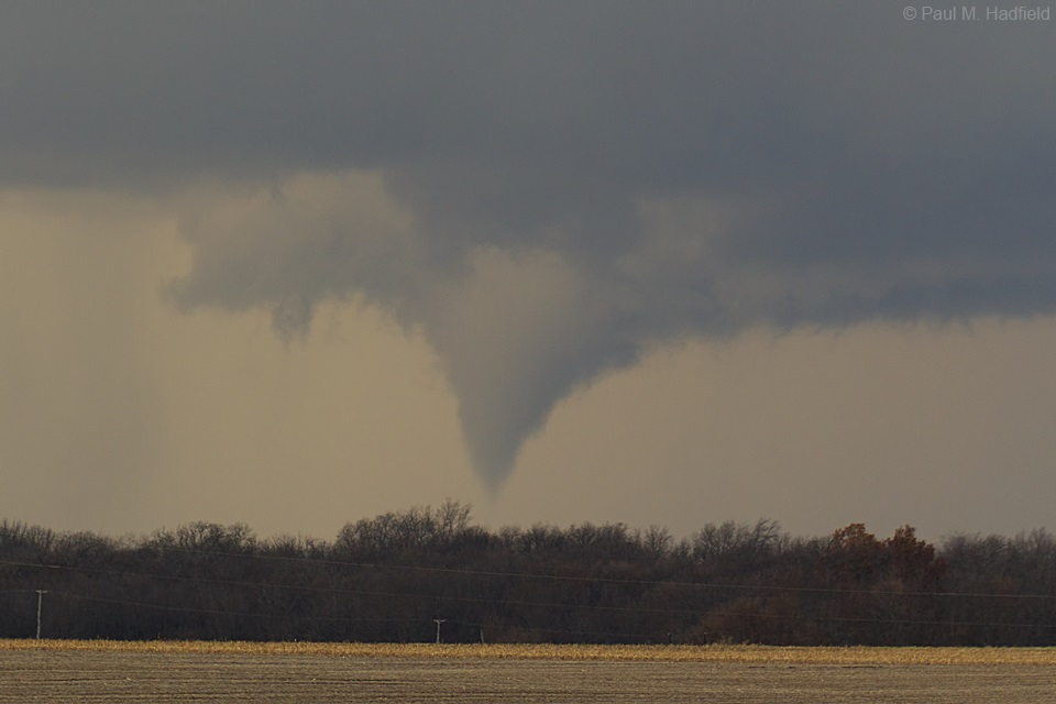 Beardstown tornado. Photo by Paul Hadfield.