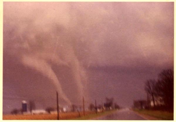 Tornado near Parker Ci...