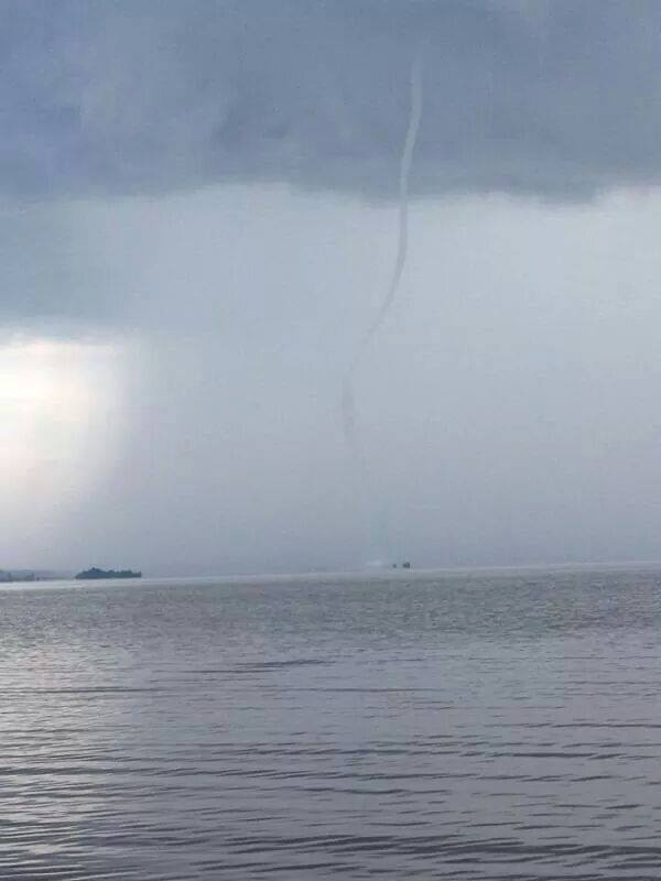 Waterspout Picture