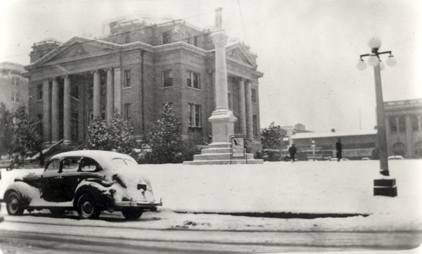 Jan 22, 1935 Alexandria Snow image