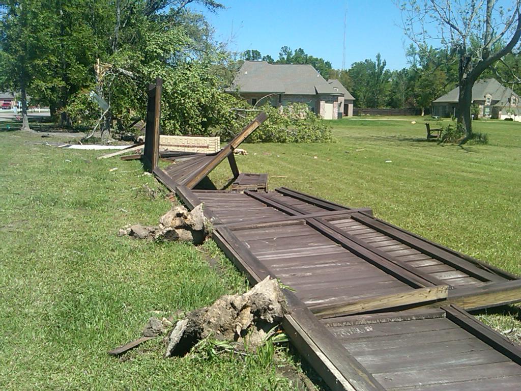 Nws Lix April 4 2011 Ocean Springs Tornado Page