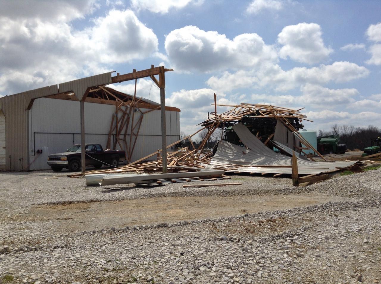 Barn damage southwest of Hodgenville, KY. Winds 85-90 mph.