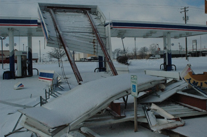 Accumulated ice collapsed this gas station roof in Elizabethtown. (Tom Williams via NWS Louisville)