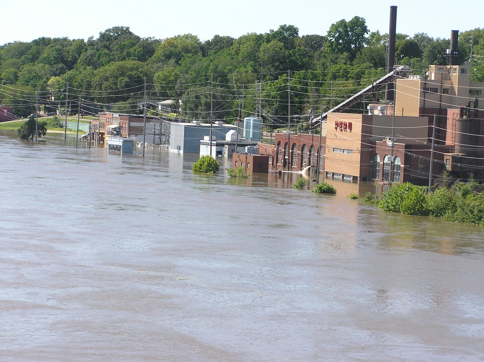 Flooding on the Illinois River at Peru