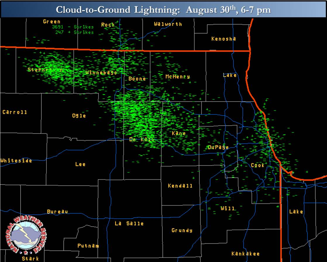 Image of cloud to ground lightning strikes