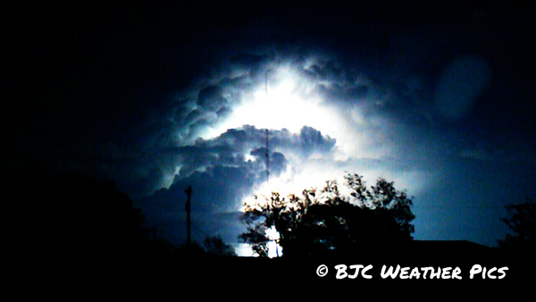 Photograph of the supercell thunderstorm over LubbockCounty. Click on the image for a larger view.