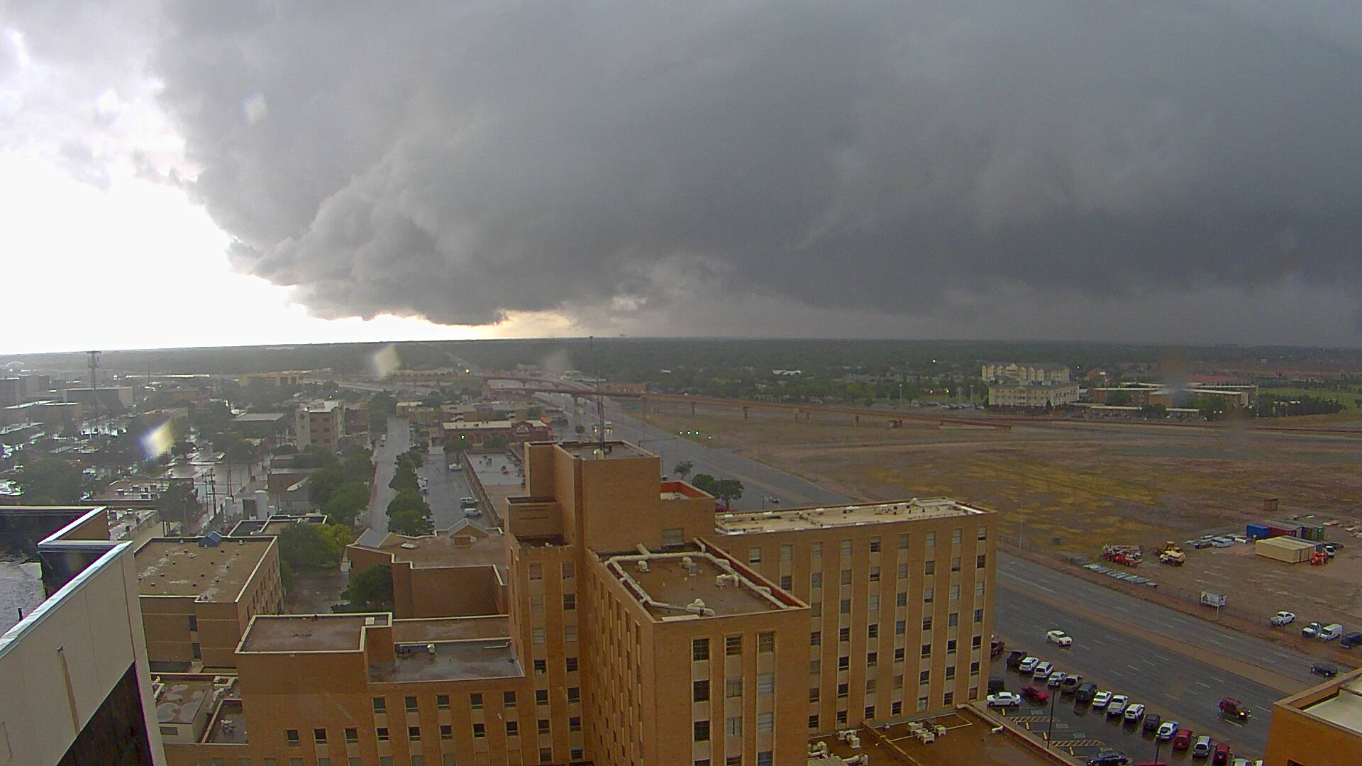 Pictures of storm clouds around the South Plains on the Memorial Day (26 May 2014). This picture, courtesy of KAMC, shows a rain shaft and wall cloud on the west side of Lubbock during the late afternoon.