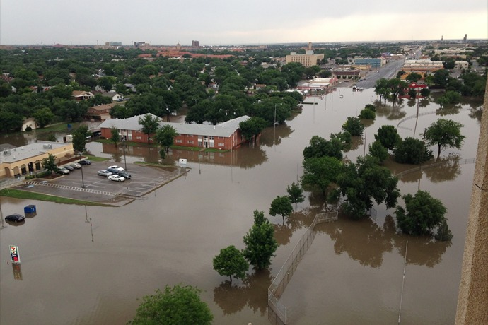Image of flooding in and around Avenue Q in Lubbock on Thursday, 28 May 2015. The picture is courtesy of KCBD.