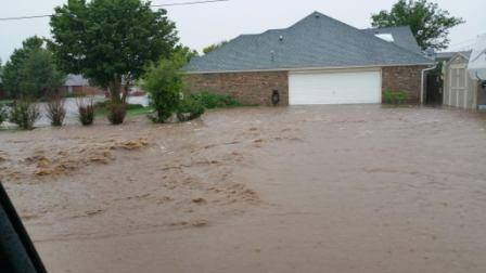 Flooding in Shallowater on Thursday, 28 May 2015. The image is courtesy of KCBD.