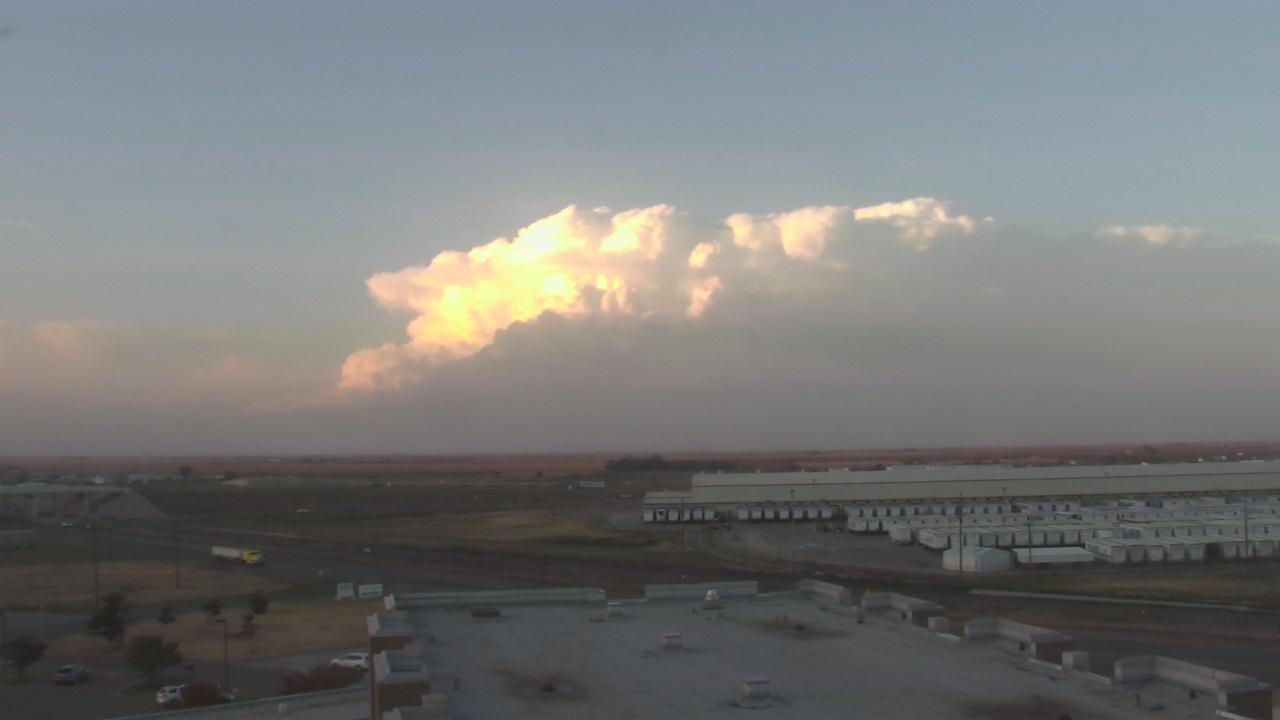View of a strong thunderstorm across the south-central Texas Panhandle on Monday evening, 16 November 2015. The picture is looking north from Plainview at 5:26 pm. The image is courtesy of KAMC.