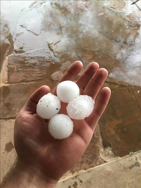 Hail observed in Edmonson on the evening of 10 April 2016. The image is courtesy of KCBD.