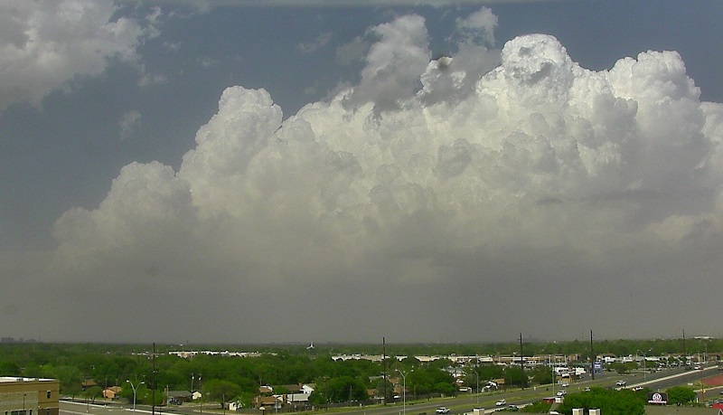 View from Lubbock at a building thunderstorm over Crosby and Floyd Counties