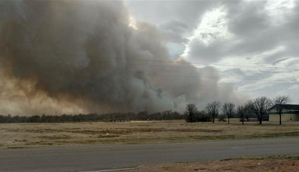 Large wildfire burning near Sundown, Texas, Tuesday afternoon (28 February 2017). The picture is courtesy of Cindy N. Cole-Mulloy shared via KCBD.