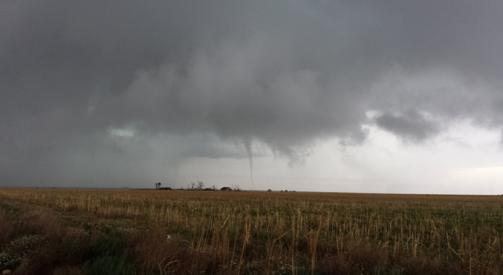 Brief tornado that touched down northeast of Morton Tuesday evening (9 May 2017). The image is courtesy of Timothy Sliwinski.