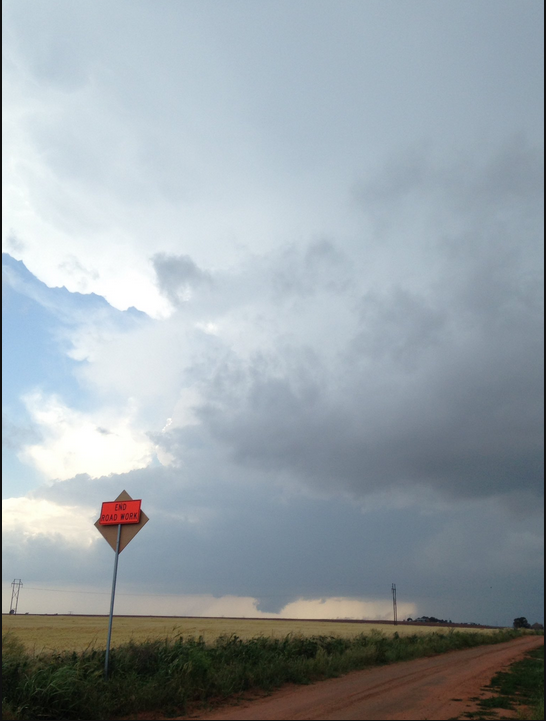 Wall Cloud on a severe thunderstorm to the west of Memphis. Photo courtesy Matthew Brothers