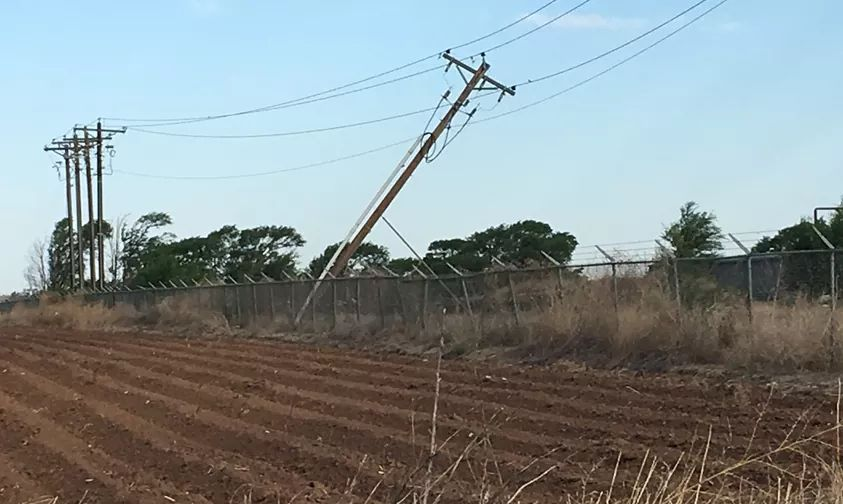 Downed power lines near Memphis, Texas