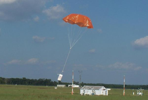 upper air parachute