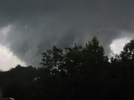 /images/lwx/sept17tornadoes/Stafford_Picture1.jpg