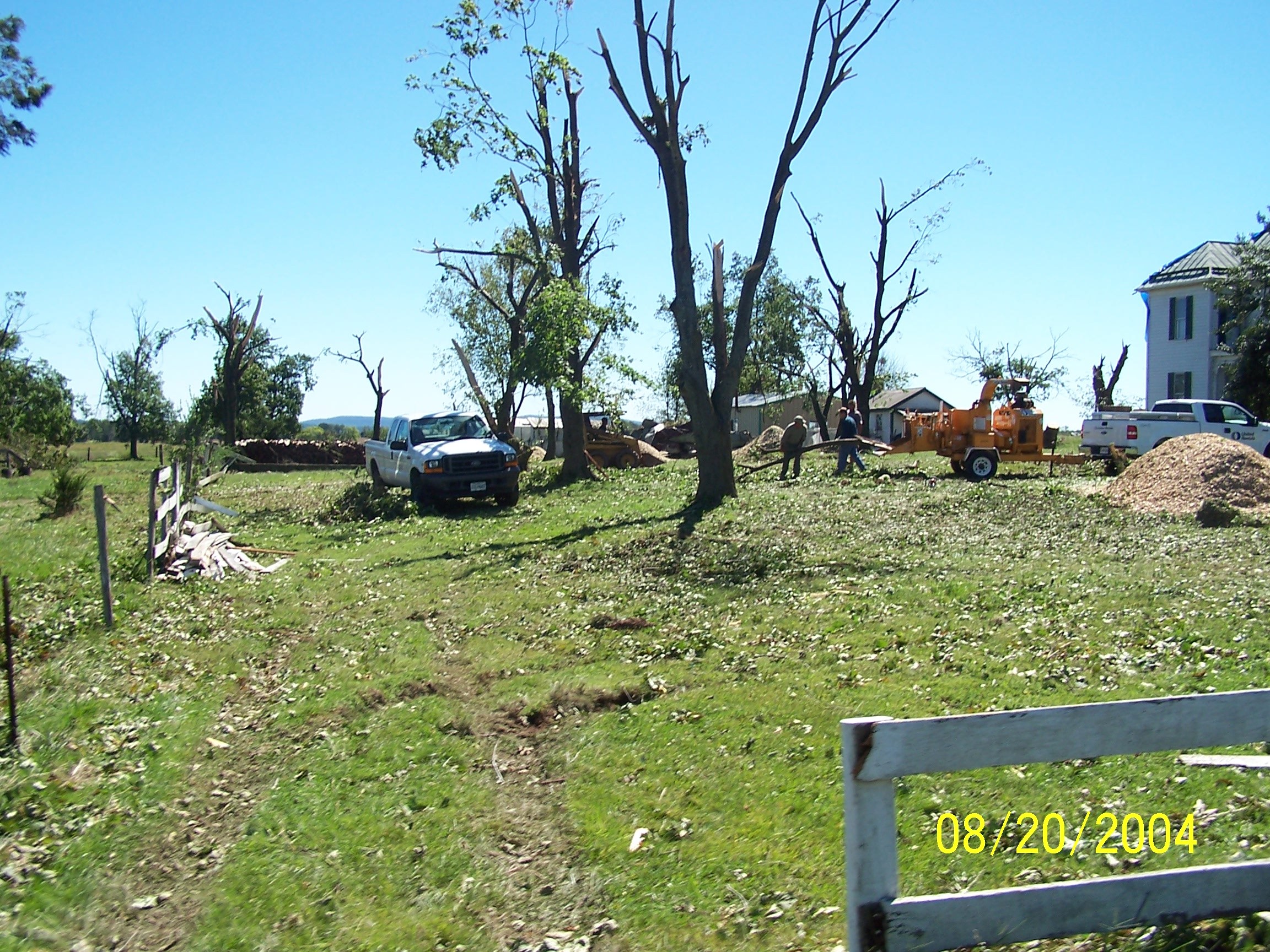 /images/lwx/sept17tornadoes/FrederickMD_Picture2.jpg