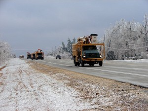A convoy of utility trucks was headed into northern Arkansas along U.S. Highway 167 between Velvet Ridge (White County) and Pleasant Plains (Independence County) on 01/28/2009.