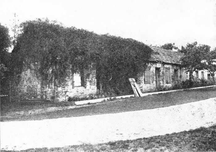 Old Fort Dallas Slave Quarters 1904