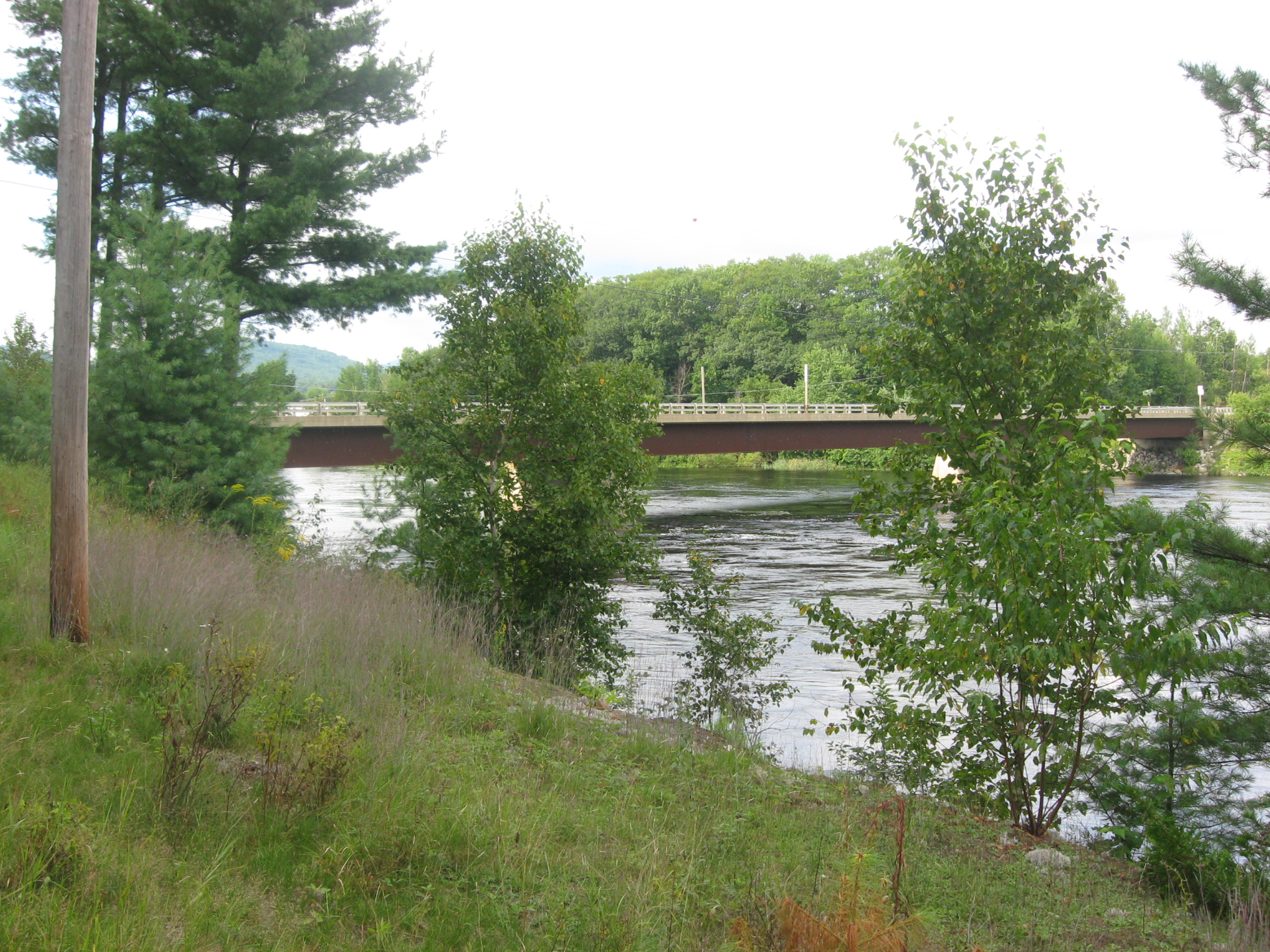 Photograph of the Kennebec River at Bingham, ME (BNGM1)