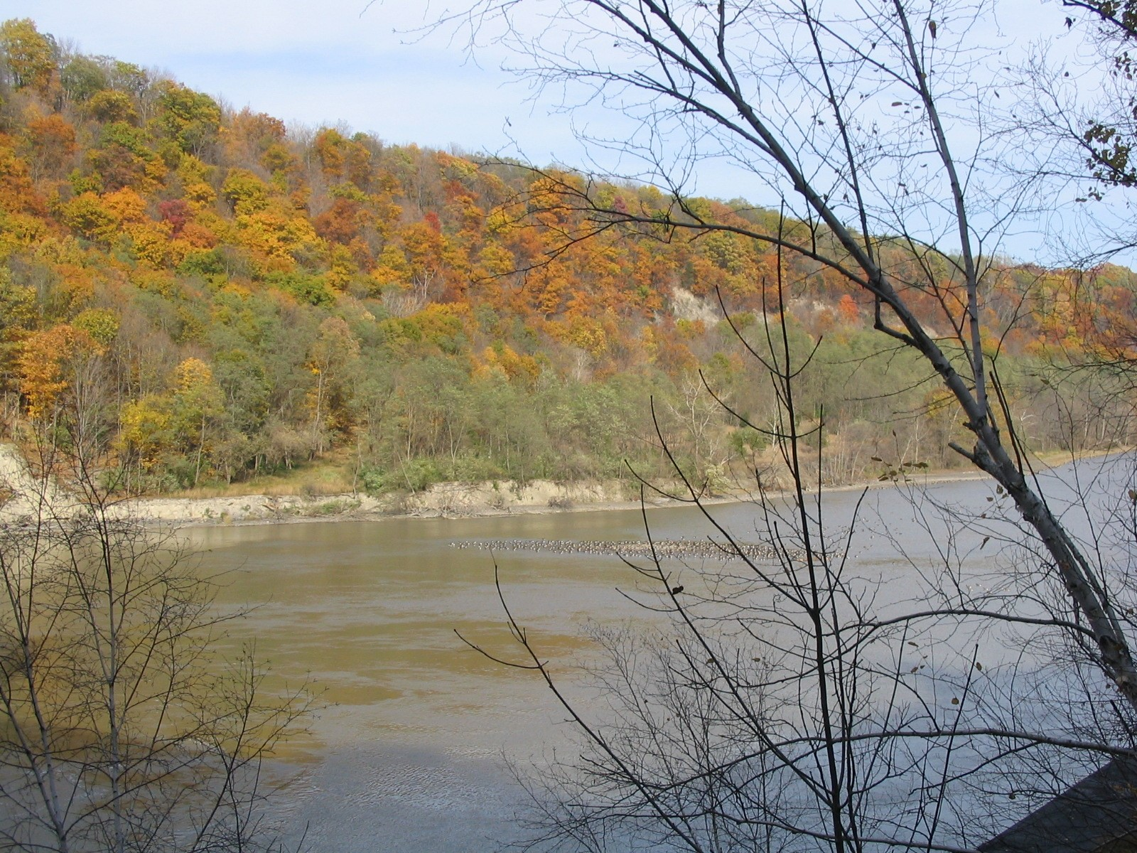 Photograph of the Genesee River at Mt. Morris Dam, NY (MMDN6) looking downstream